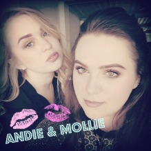 Beauty Bloggers Andie Peirce and Mollie Jakubowski