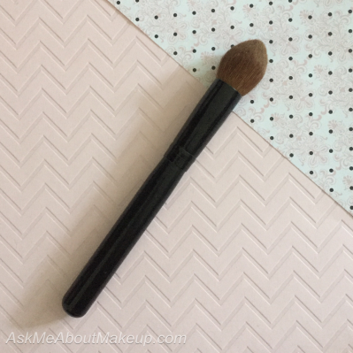 One brush can have different uses - makeup - makeup brush - multiple uses
